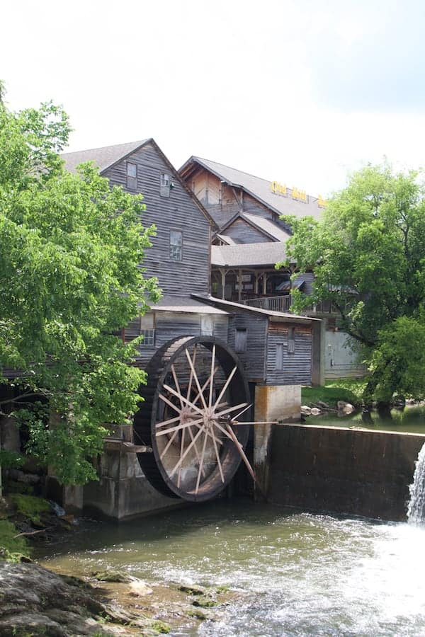 Pigeon Forge - Old Mill - Exterior