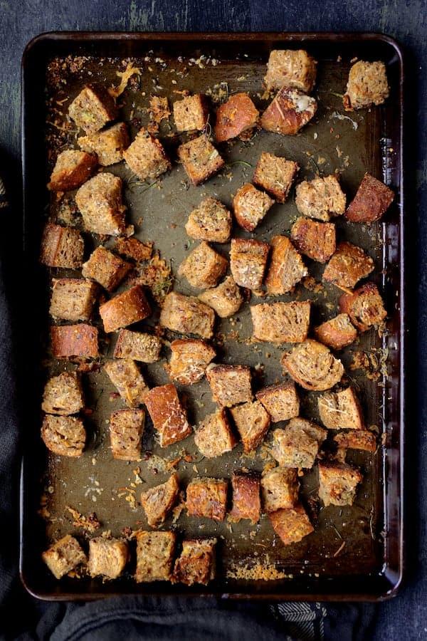 Autumn Panzanella Salad - Croutons